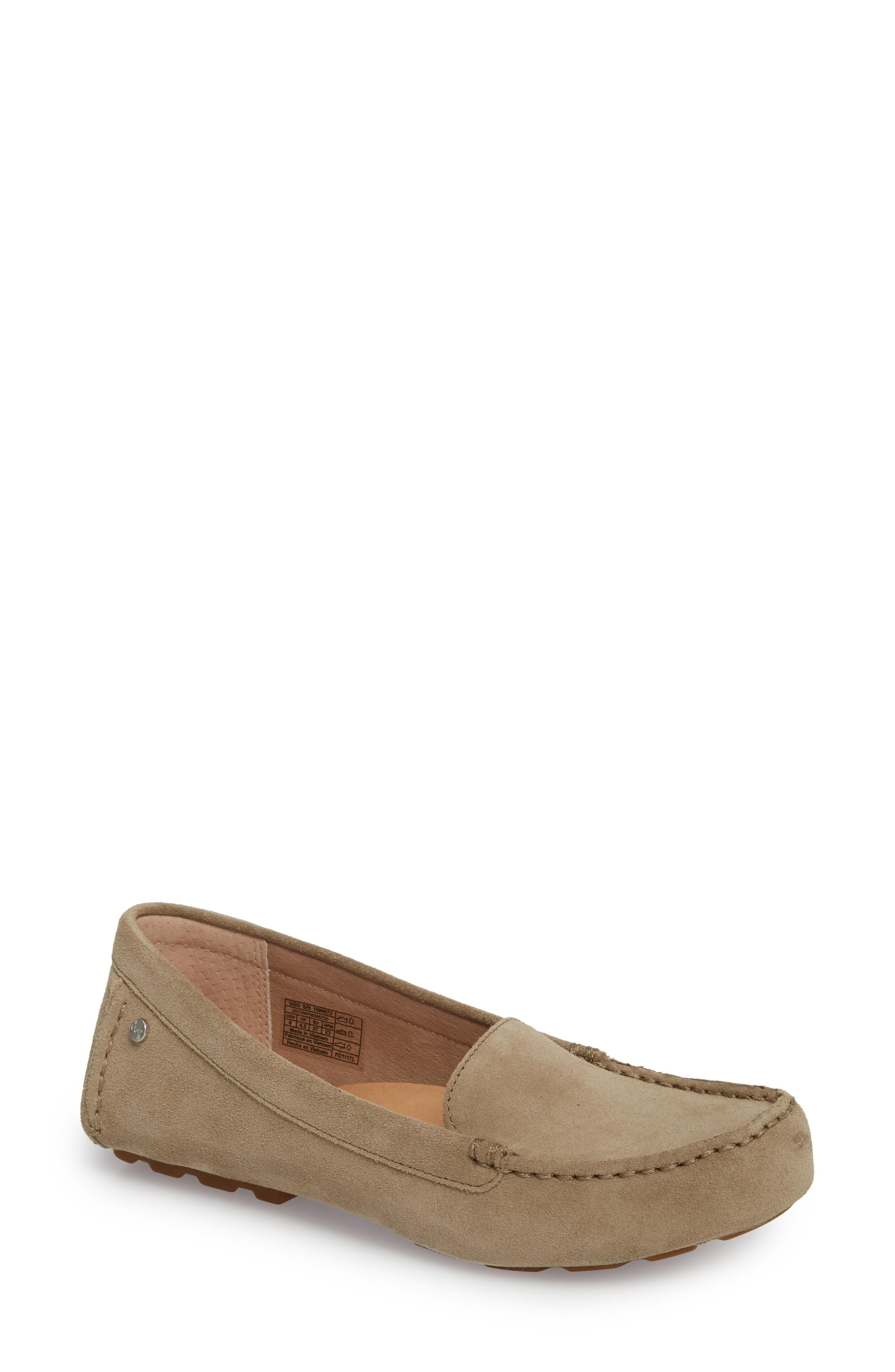 0f01c928d46 Triple-layer foam cushioning in the Imprint by UGG footbed offers excellent  comfort in a flexible