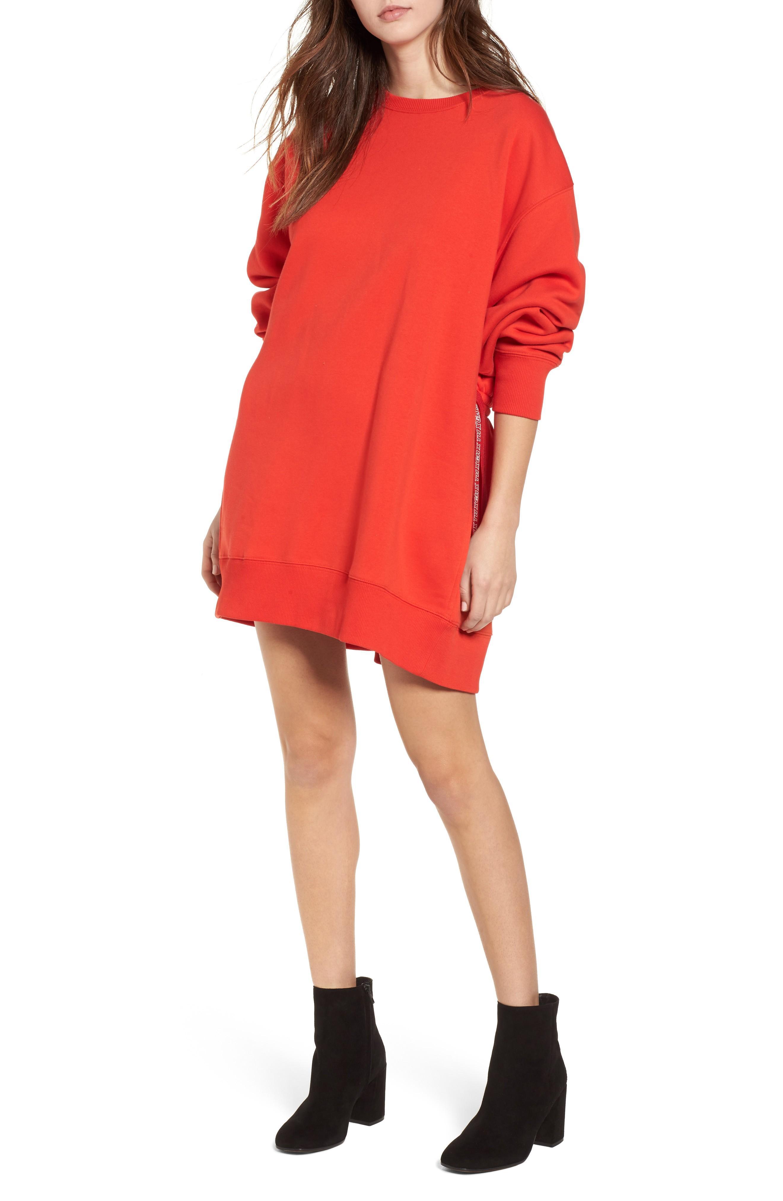 55a3046c3ff Tommy Jeans X Gigi Hadid Sweatshirt Dress In Flame Scarlet