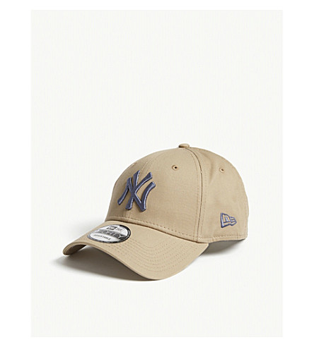New Era 9Forty New York Yankees Baseball Cap In Camel Slate