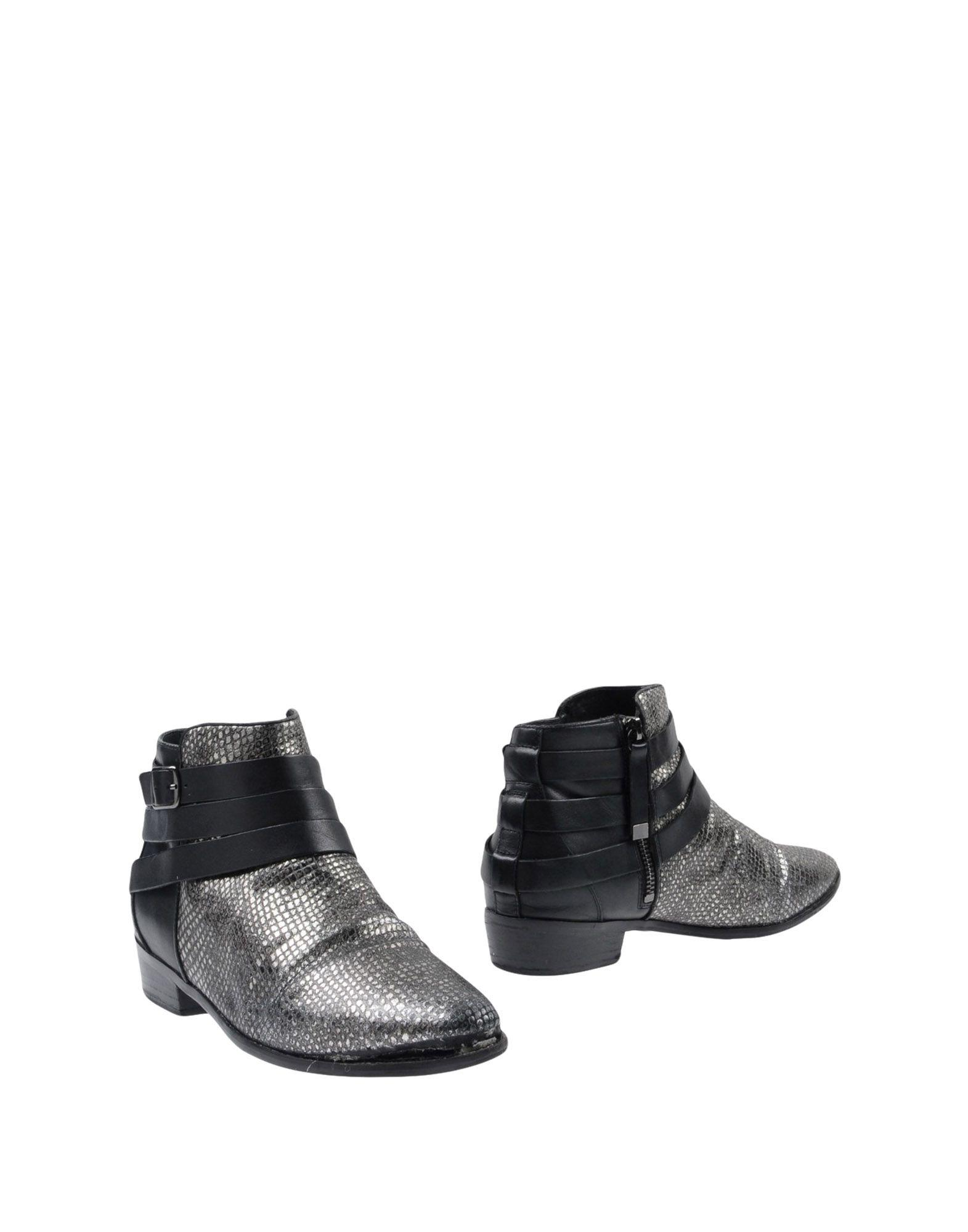 Yosi Samra Ankle Boots In Grey