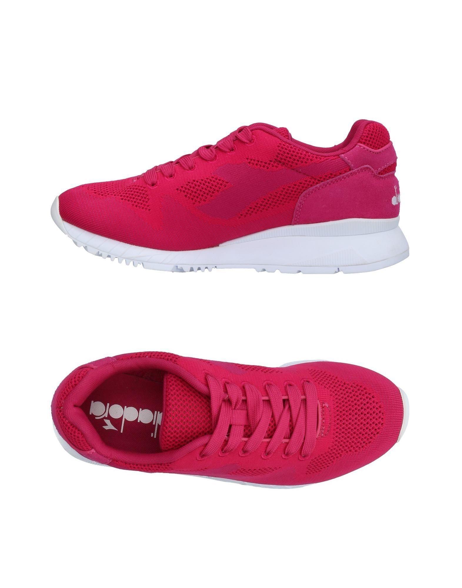 Diadora Sneakers In Garnet