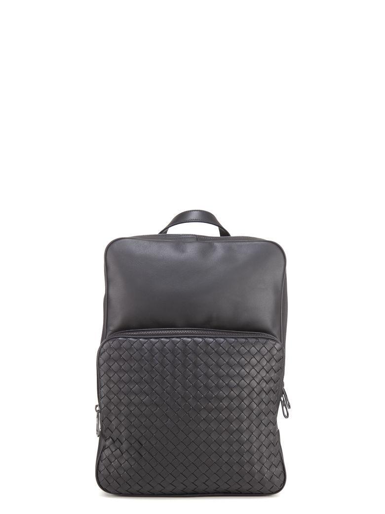 Bottega Veneta Woven Detail Backpack In Black