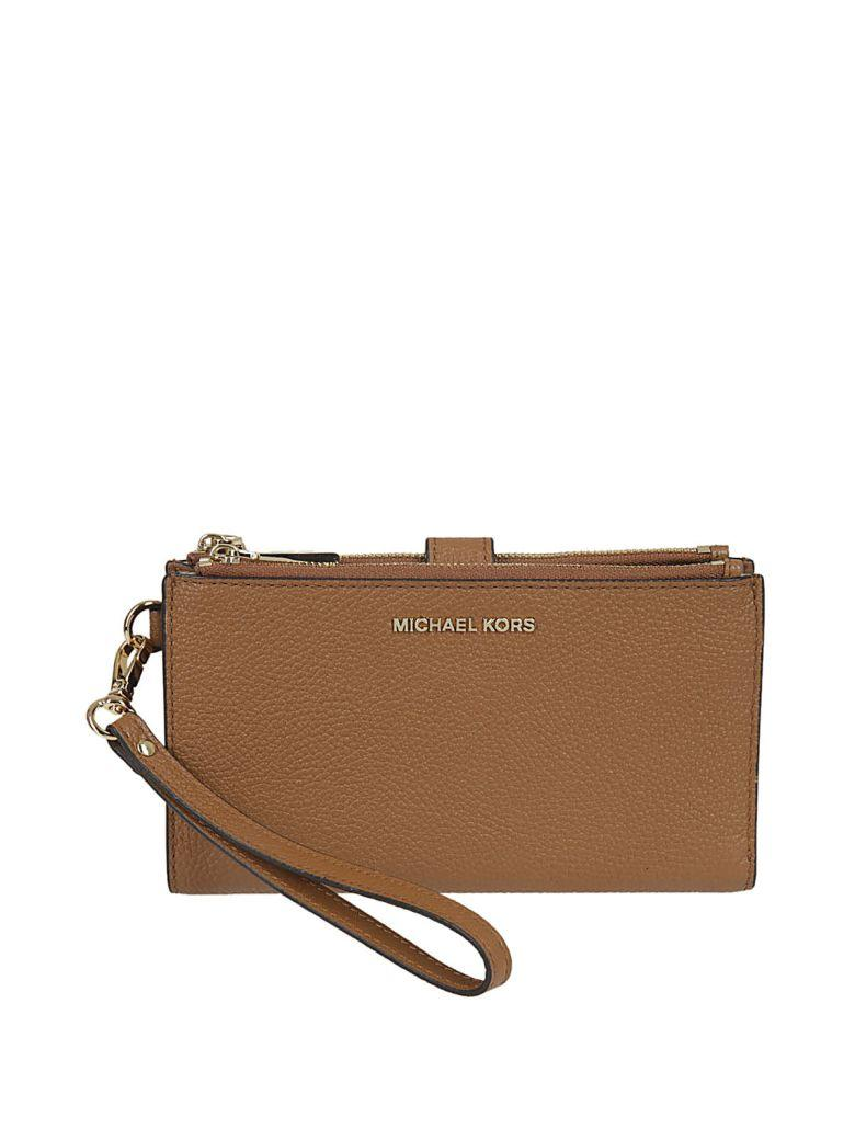 Michael Kors Adele Clutch In Cuoio