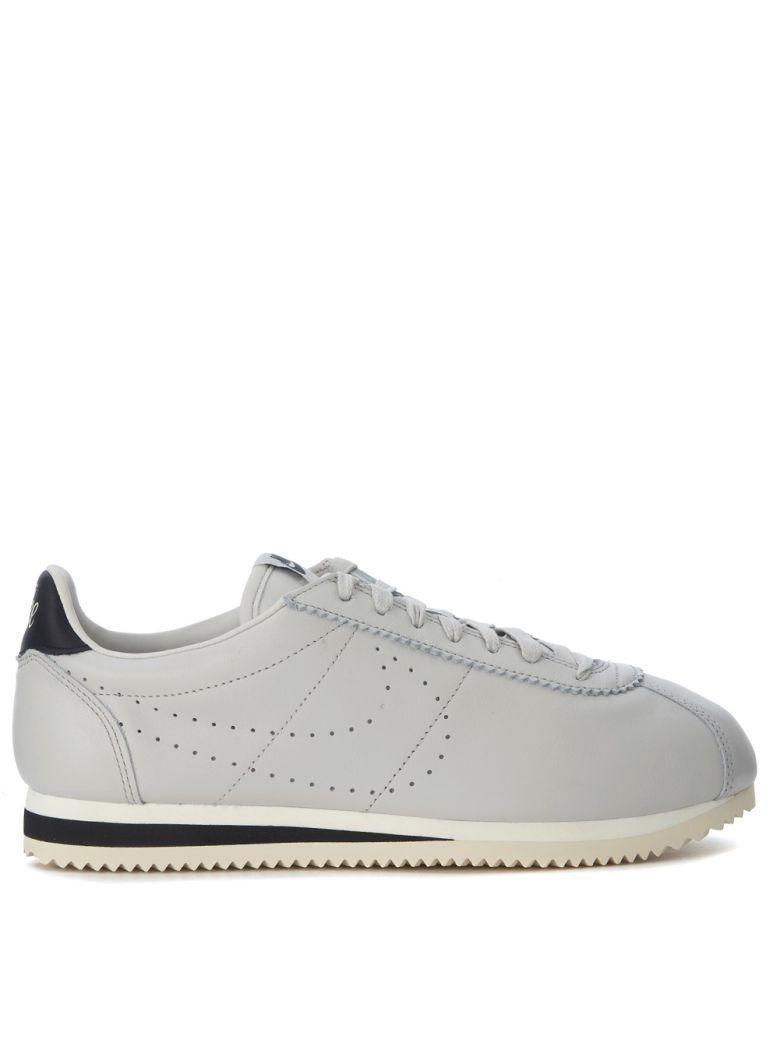 332c82c87b7e Nike Classic Cortez Leather Premium Light Grey Leather Sneakers In Grigio