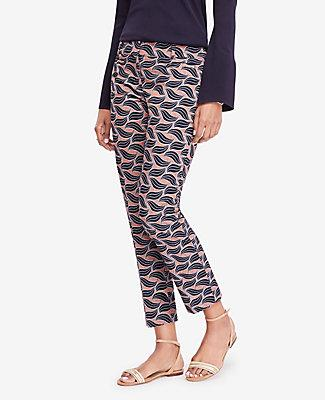 Ann Taylor The Petite Crop Pant In Leaf Swirl - Devin Fit In Navy Blue