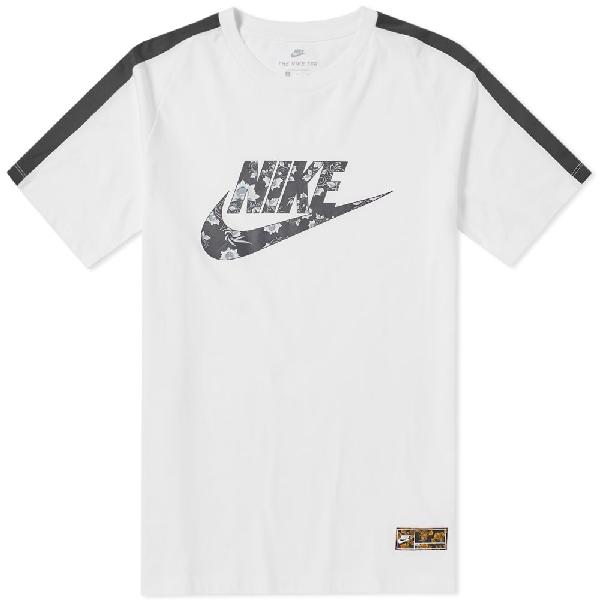 Nike Men's Sportswear Graphic Logo T-Shirt In White