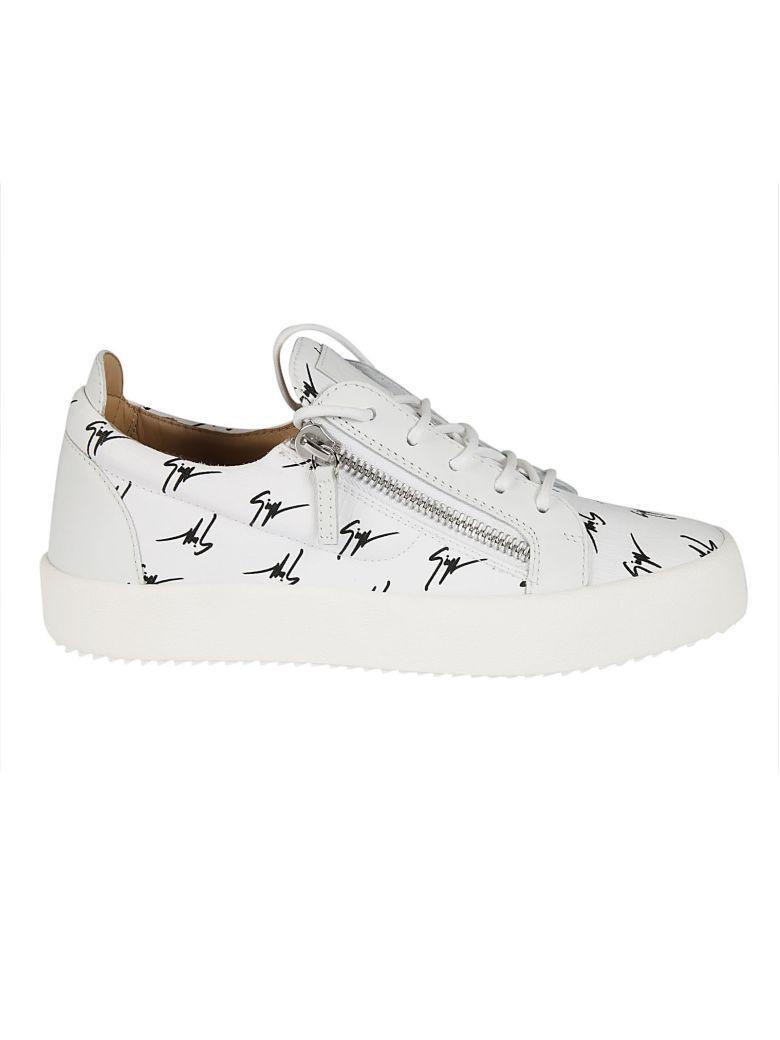 19e0babe0dd06 Giuseppe Zanotti Zanotti Frankie Signature Print Sneakers In White-Black