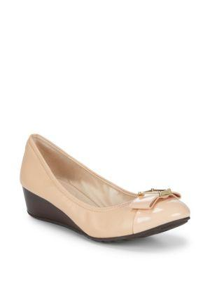 Cole Haan Emory Bow Wedges In Nude