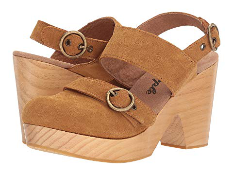 Free People Park Circle Clog Sandal In Taupe