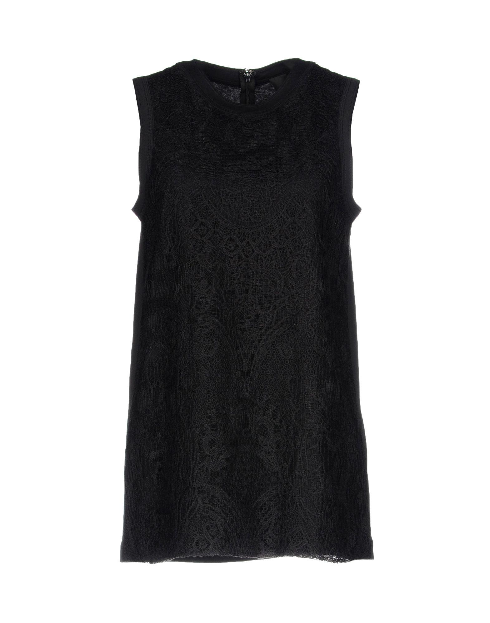 Vera Wang In Black