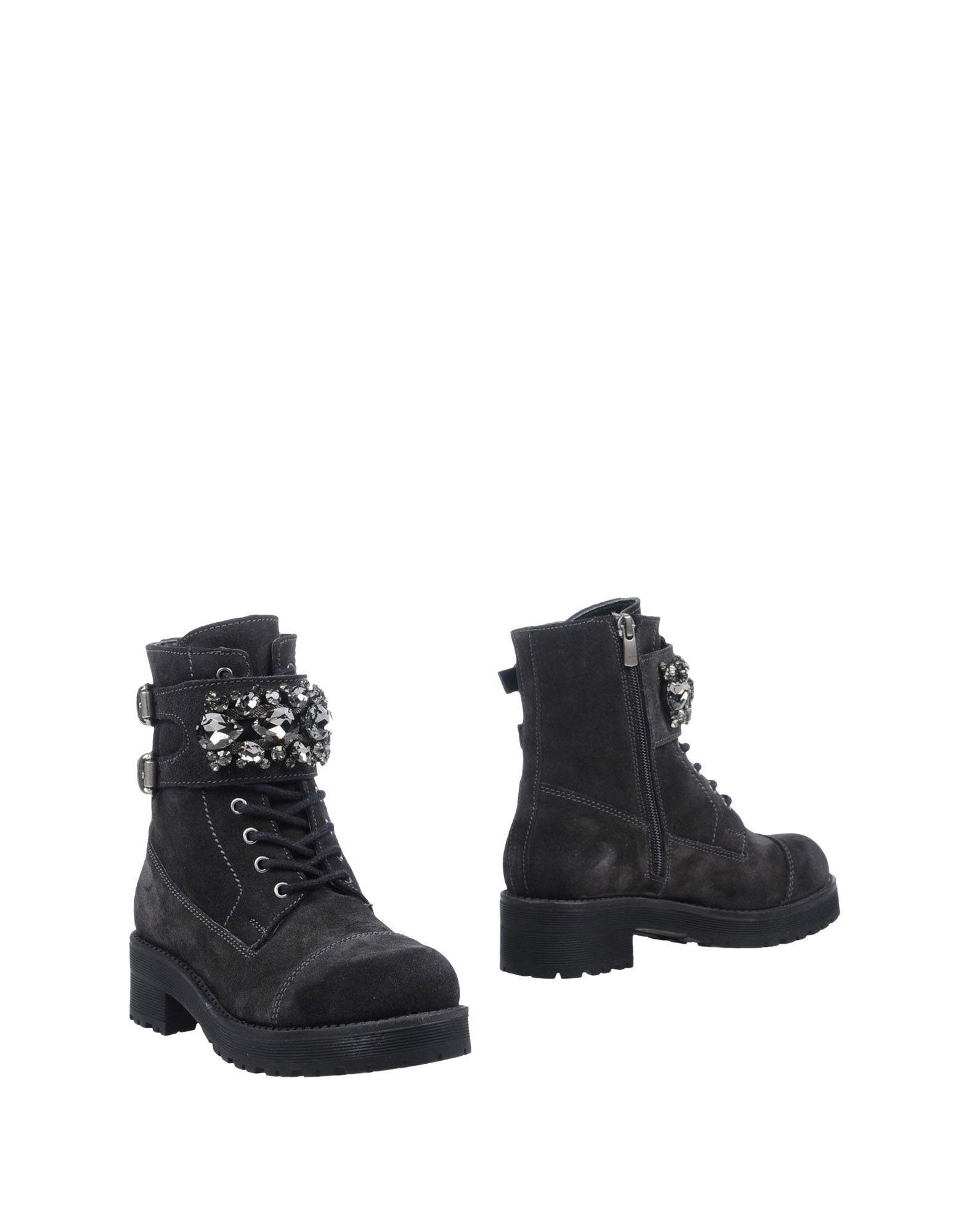 Carpe Diem Ankle Boots In Steel Grey