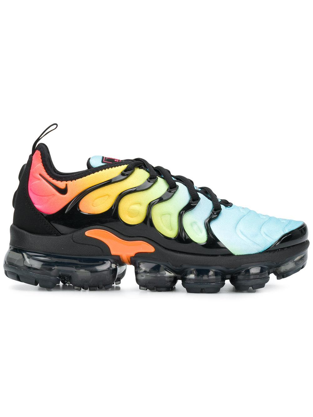 dff6094e84cb Nike Air Vapor Max Plus Ombre Trainers In Orange