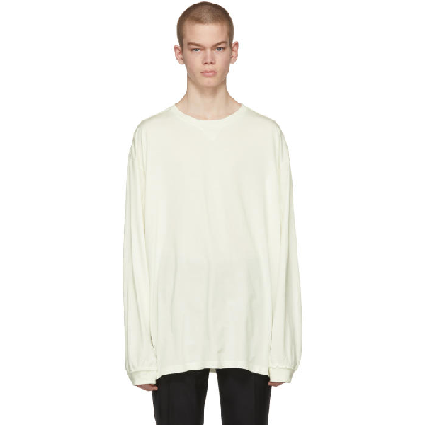 Takahiromiyashita The Soloist Takahiromiyashita Thesoloist. Off-white Long Sleeve Oversized T-shirt In 9 White