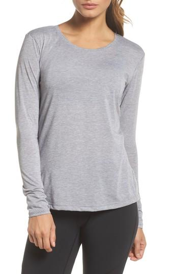 Brooks Distance Long Sleeve Tee In Heather Sterling