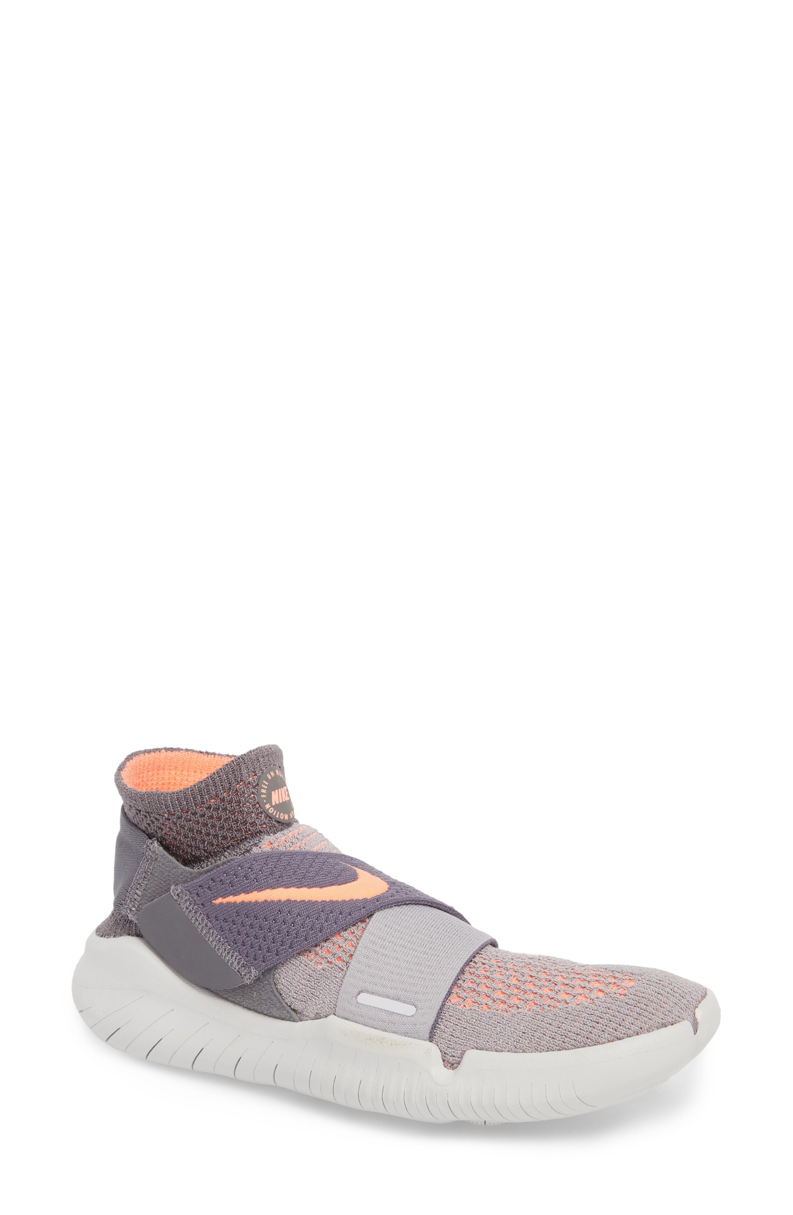 pivote Pies suaves emocionante  Nike Women's Free Rn Motion Flyknit 2018 Running Shoes, Grey | ModeSens