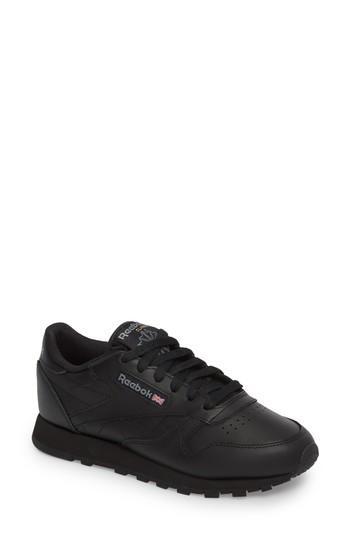 Reebok Classic Leather Sneaker In Black/ White