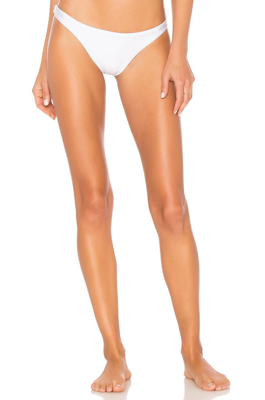 Ellejay X Revovle Daniela Bottom In White. In Shiny White