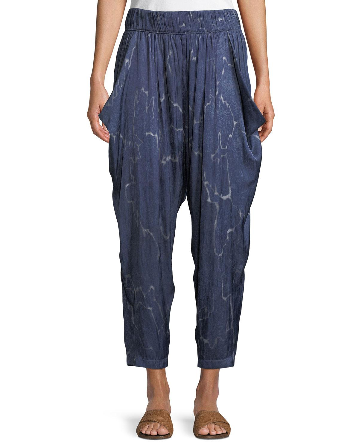 Halston Heritage Flowy Seismic-print Ruched Cropped Pants In Denim Seismic