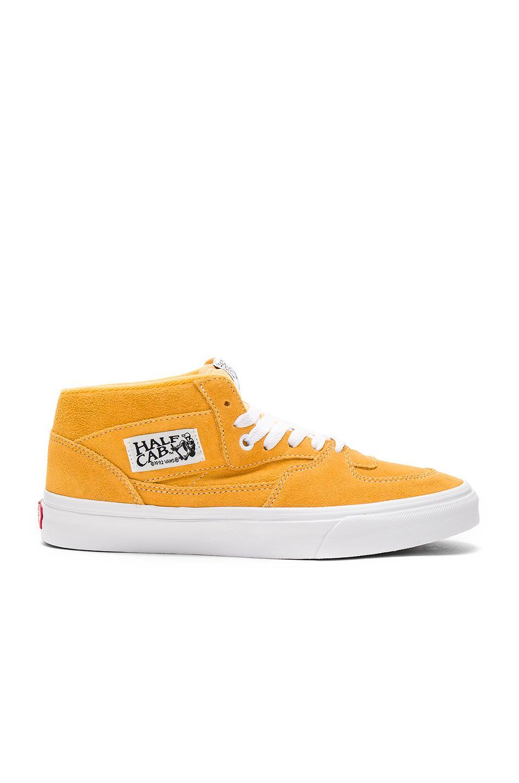 Vans Half Cab 运动鞋 In Mustard