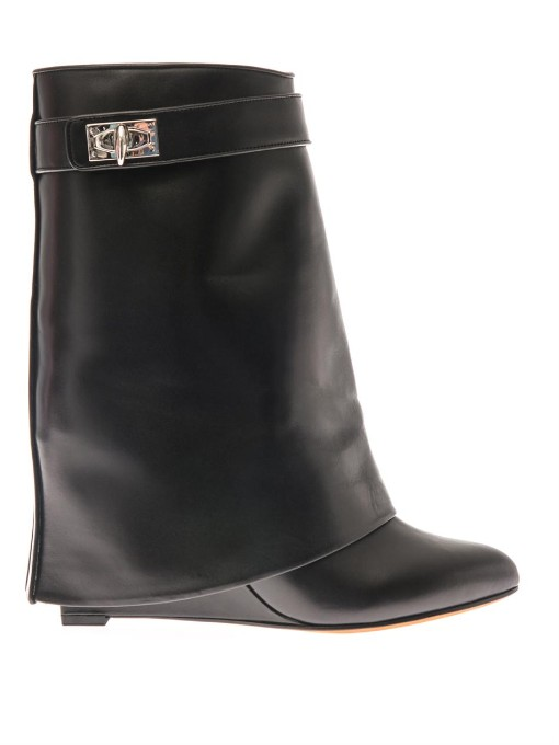 Givenchy 隐藏式坡跟短靴 In Black