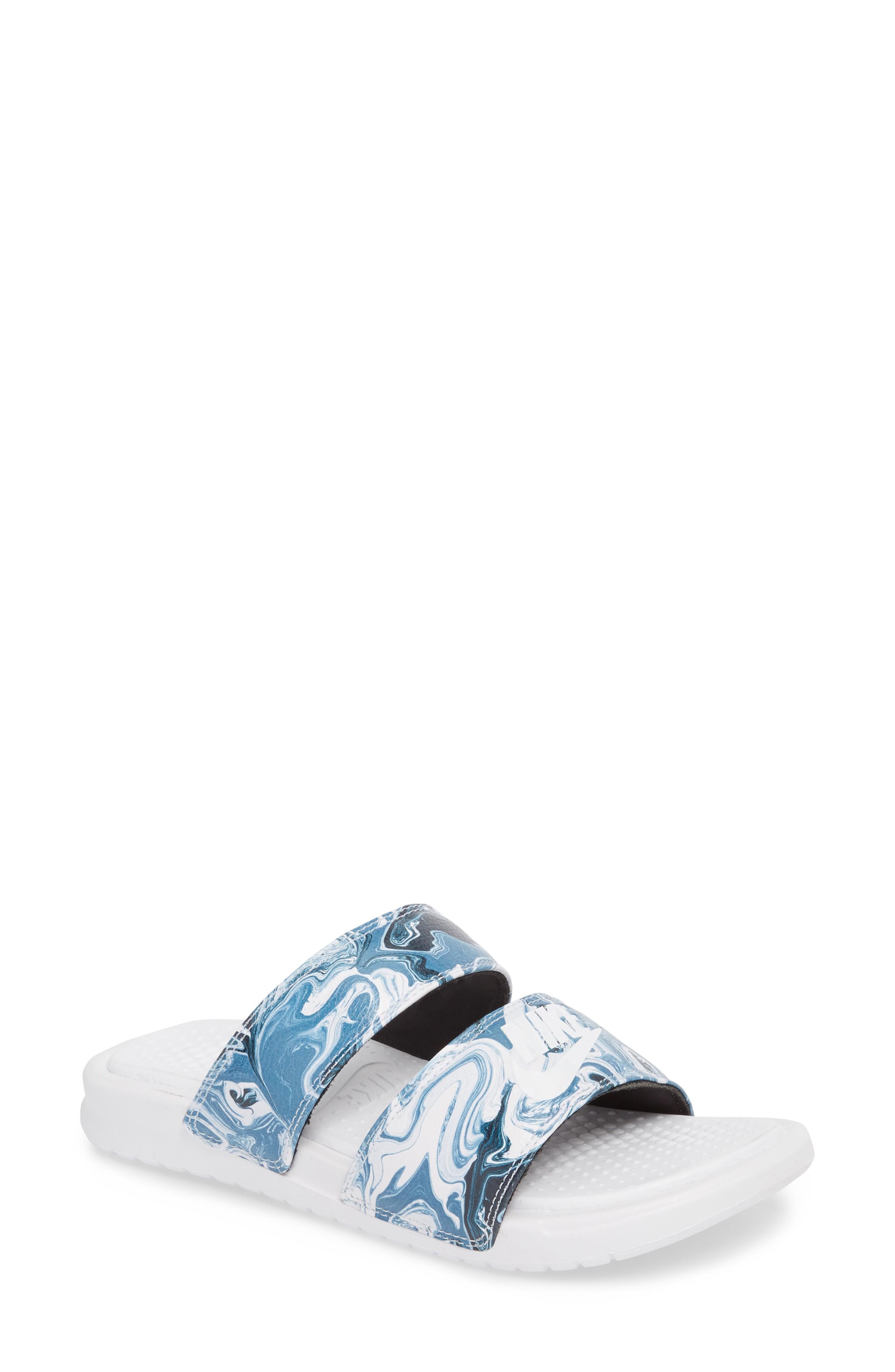 26ef82e3447e Nike Women s Benassi Duo Ultra Slide Sandals