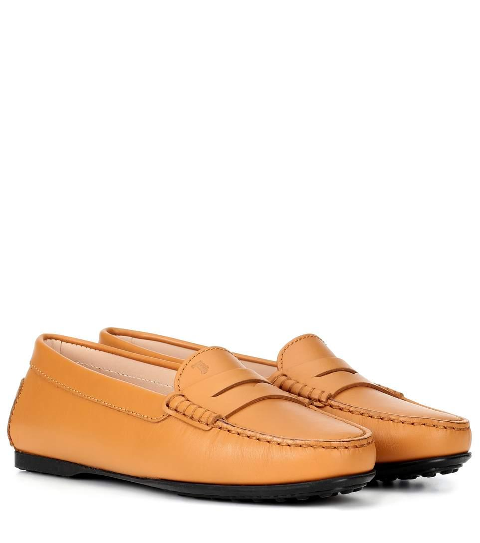Tod's Gommino Leather Loafers In Brown