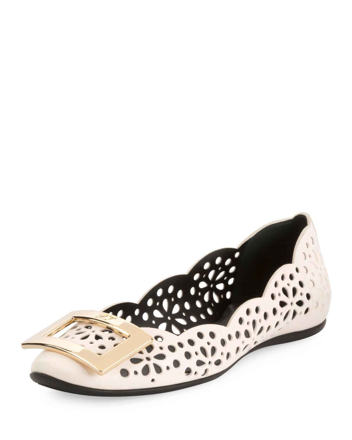 Roger Vivier Gommette Perforated Lamb Leather Ballet Flats With Metal Buckle In White