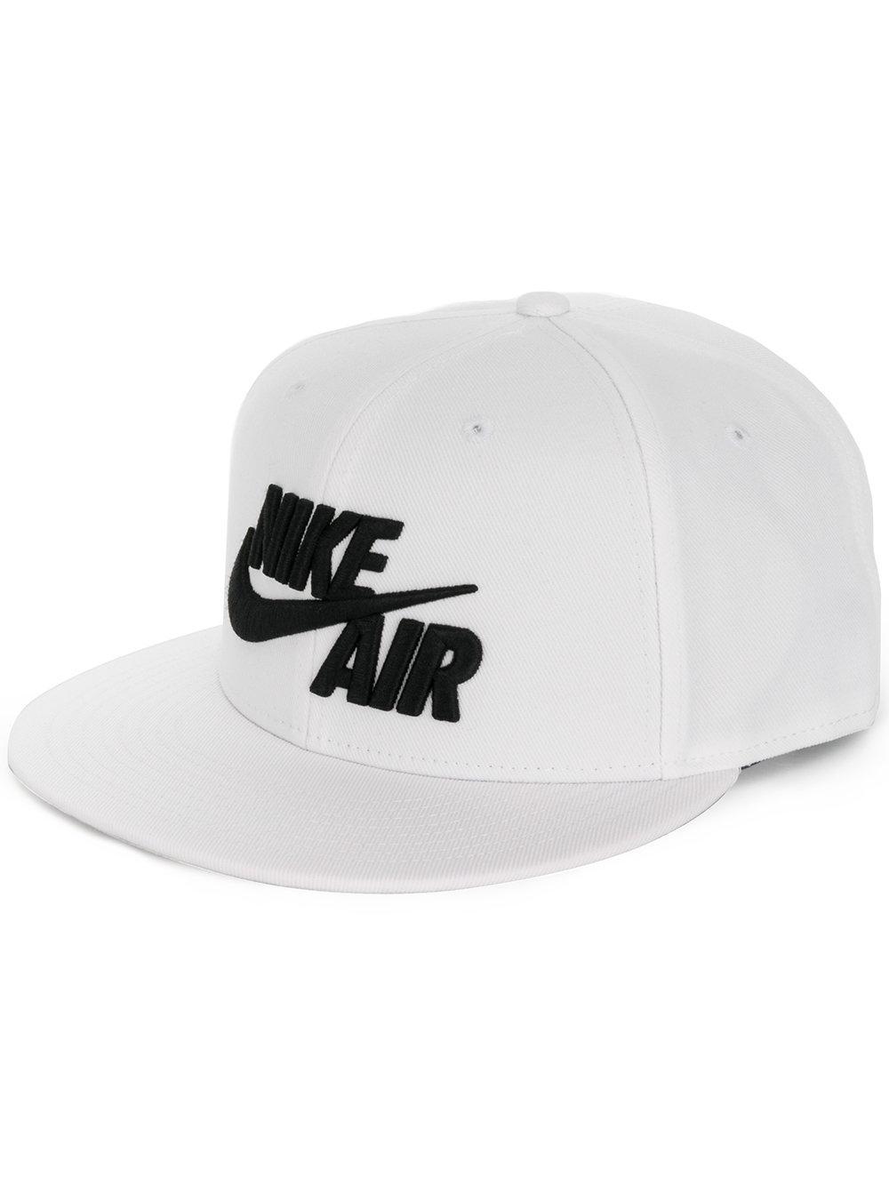 Nike Air True Logo Snapback Cap