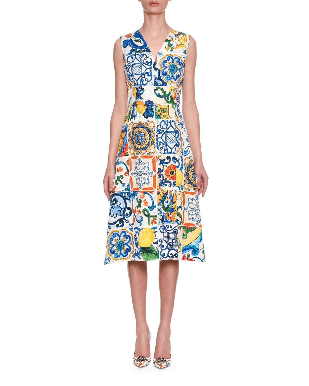 bab4b838e61 Dolce   Gabbana Sleeveless Lemon Tile-Print Brocade A-Line Dress In  Maioliche