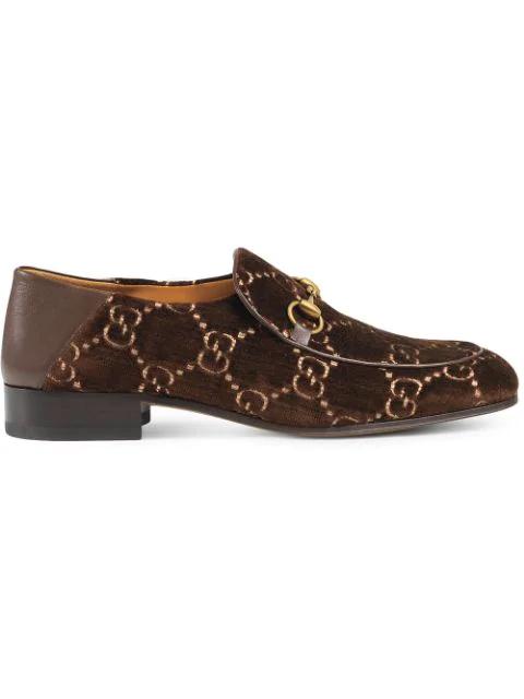 Gucci Gg Supreme Logo Jacquard Velvet Loafers In Brown