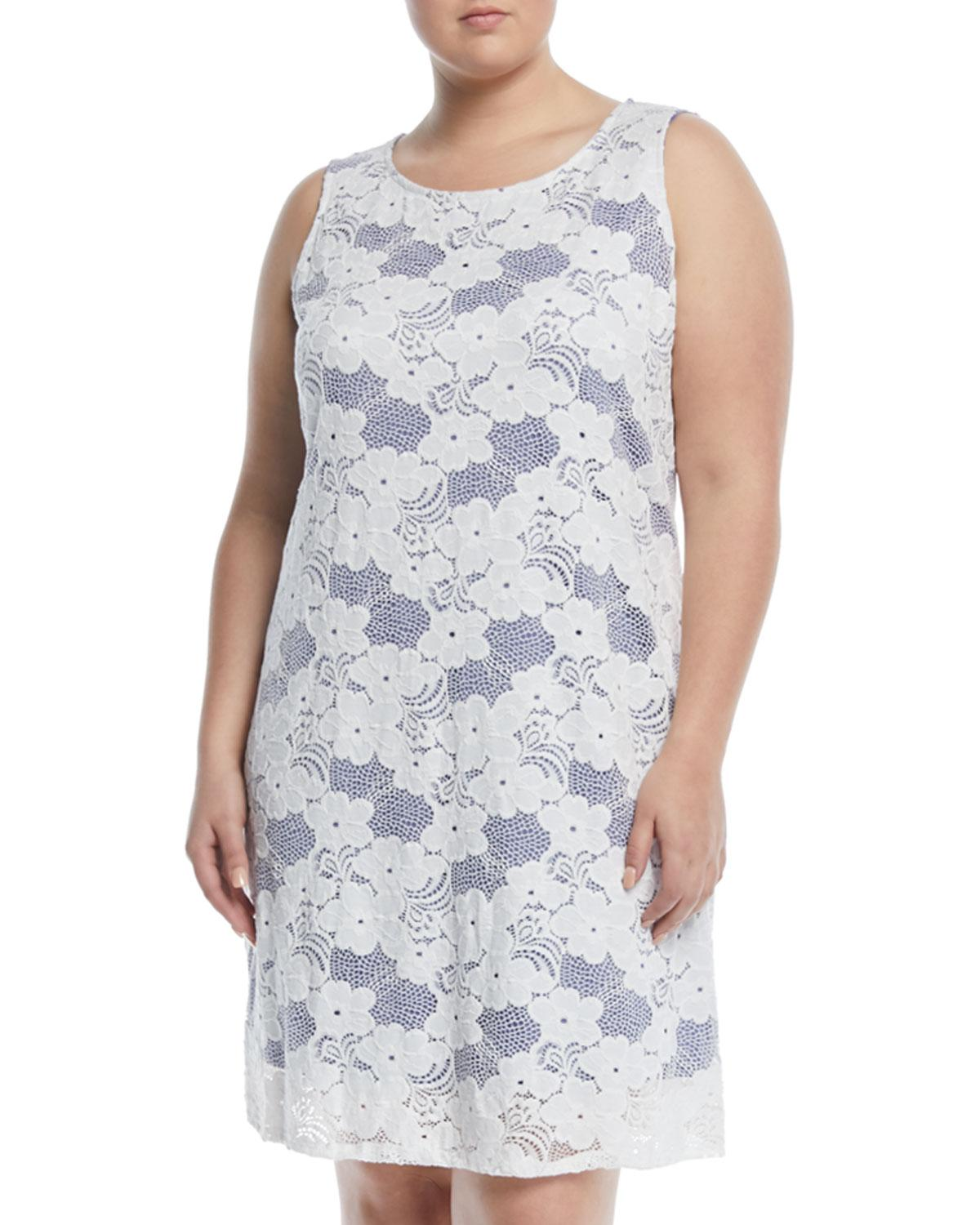 Sleeveless Floral-Lace Dress, Plus Size in Blue