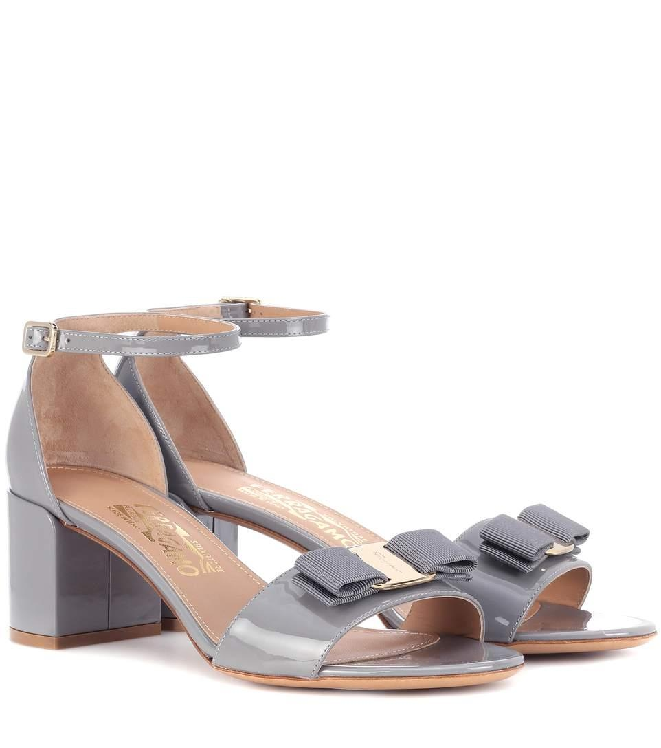 Salvatore Ferragamo Gavina Patent Leather Sandals In Grey