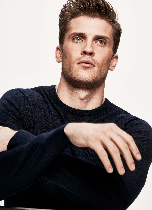 Hackett Elbow-patch Wool Sweater In Midnight