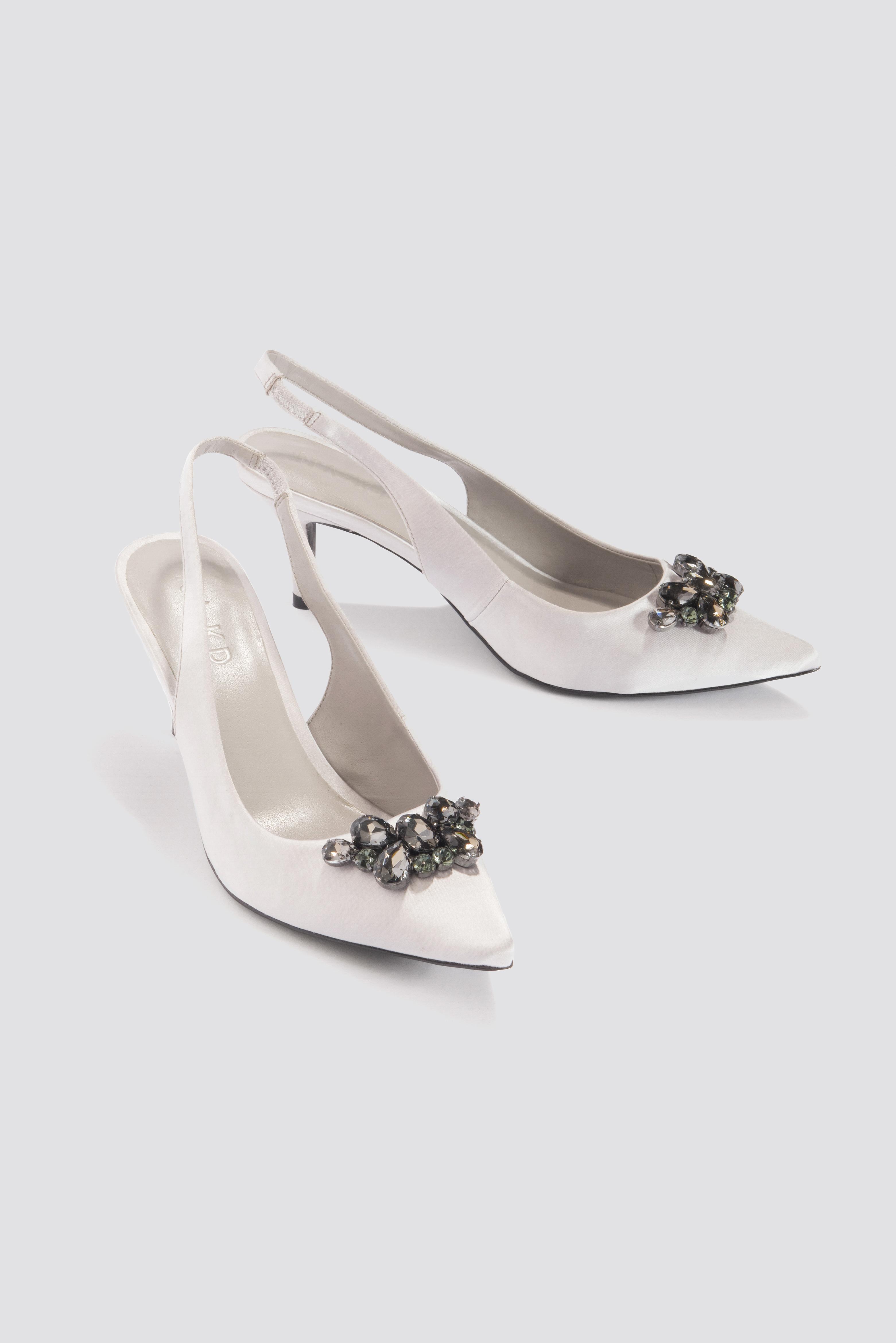 374cfea69d Na-Kd Dark Embellished Kitten Heel Pumps - White, Silver | ModeSens