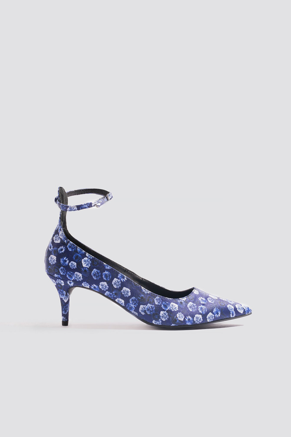 Na-kd Satin Ankle Strap Pumps Blue In Small Blue Flowers