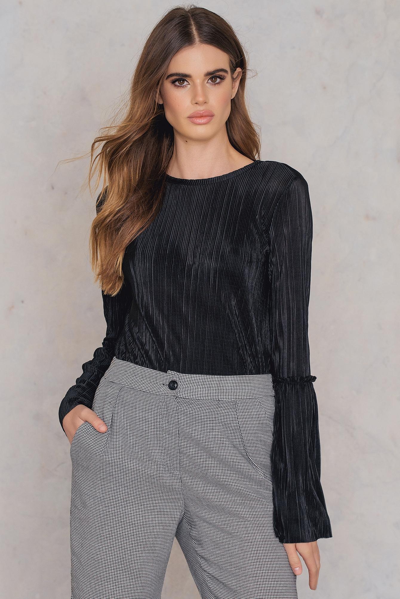 fe432600c16 Na-Kd Pleated Frill Sleeve Top - Black | ModeSens