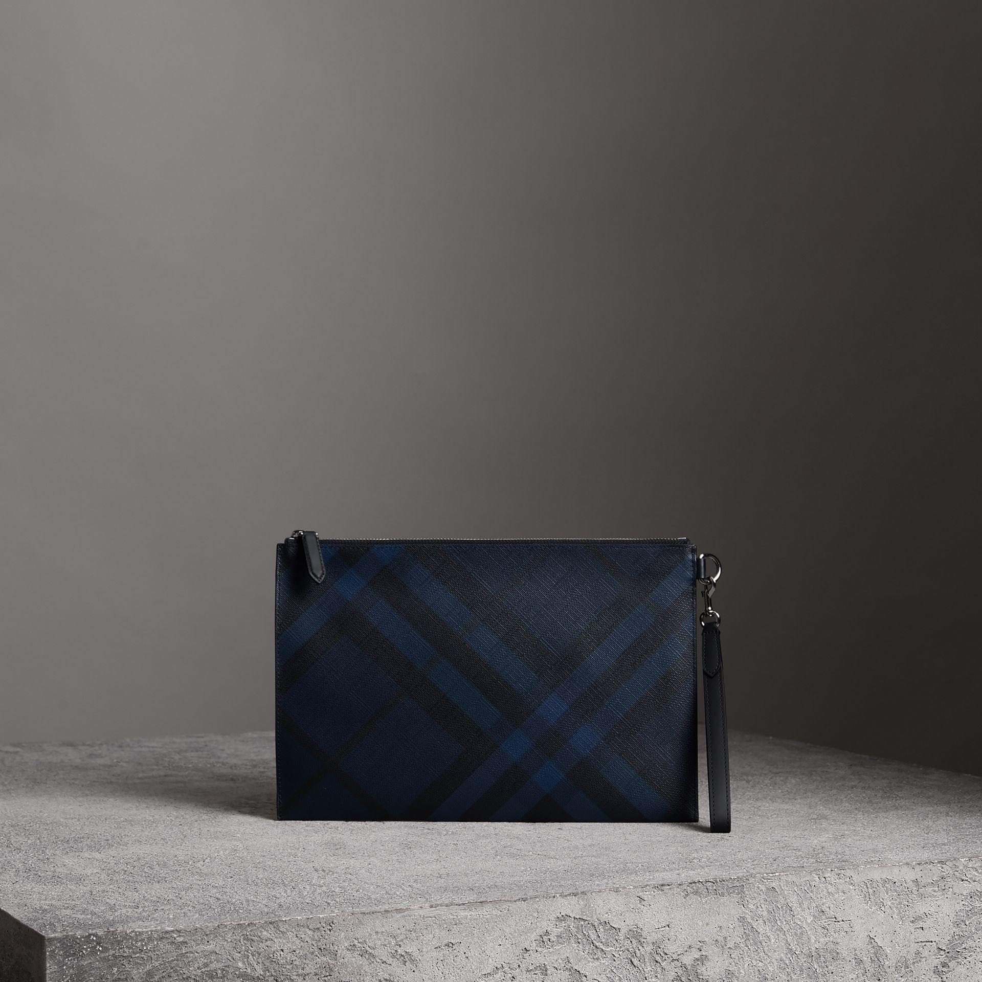 Burberry London Check Zip Pouch In Navy/Black