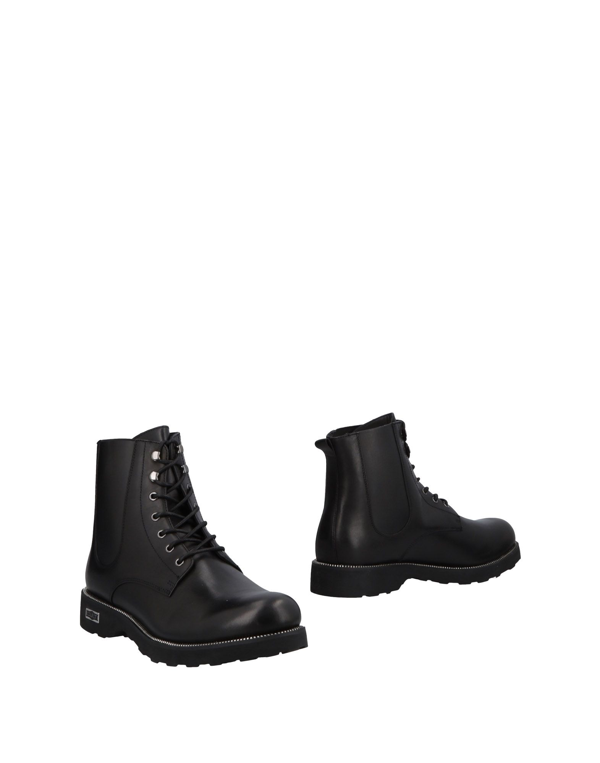 Cult Boots In Black