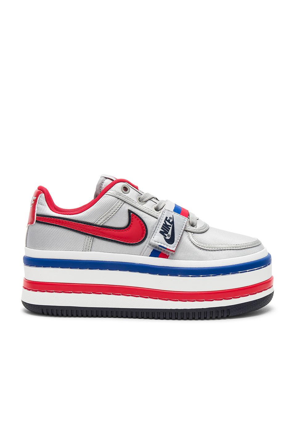 size 40 f9981 3b51b Nike Vandal 2K Faux Leather-Trimmed Metallic Faille Platform Sneakers In Red