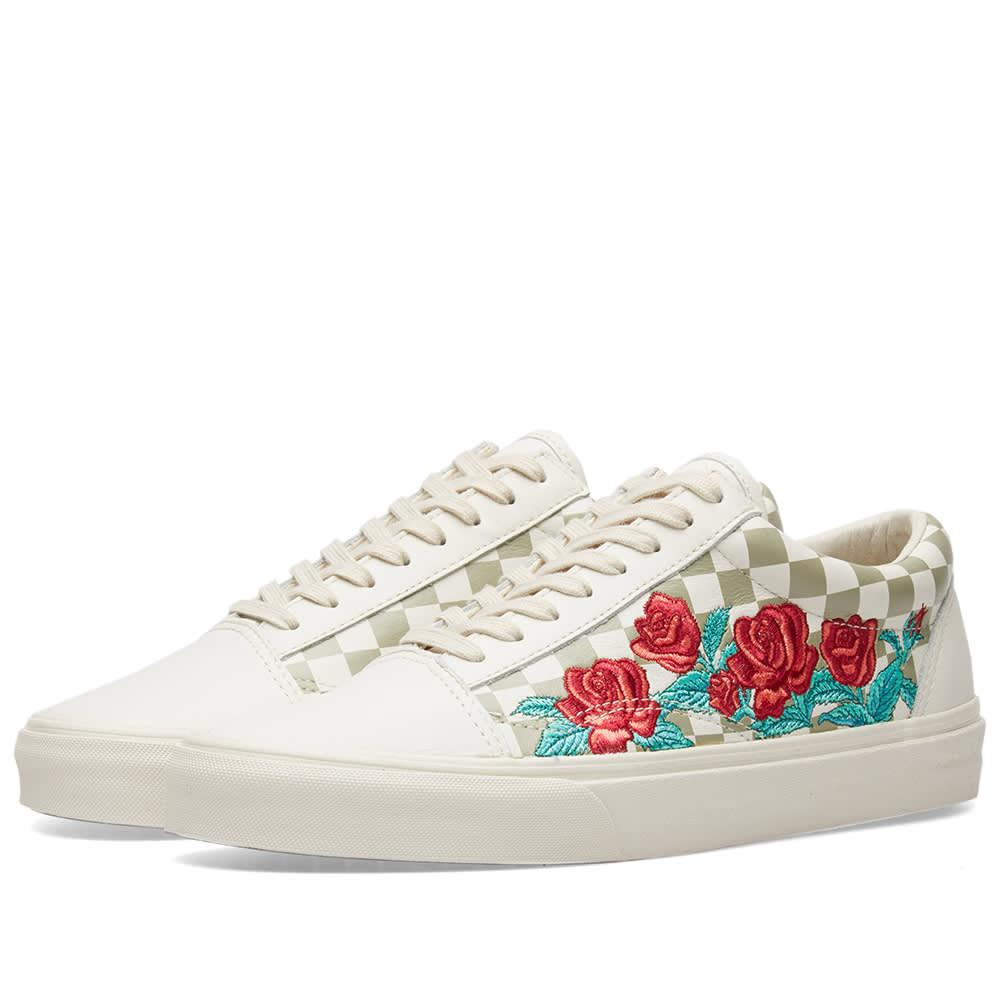 996762e970e3 Vans Old Skool Dx Rose Embroidery In Neutrals