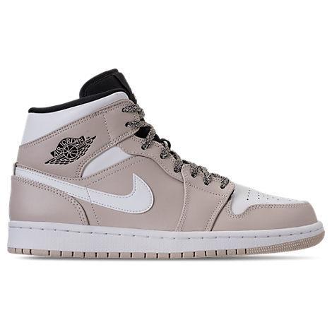 3f91dc5c67e8 Nike Men s Air Jordan 1 Mid Retro Basketball Shoes
