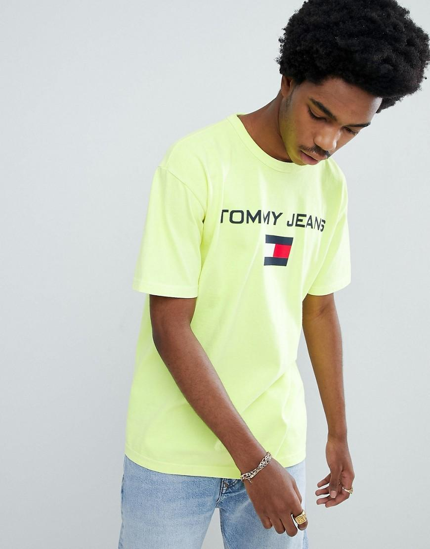 f35ae61a Tommy Jeans 90S Sailing Capsule Flag Logo Crew Neck T-Shirt In Neon Yellow -