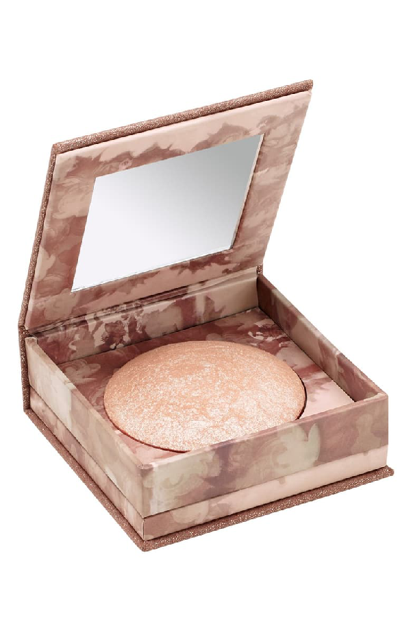 Urban Decay Naked Illuminated Shimmering Powder For Face And Body Aura 0.2 oz/ 6 ml