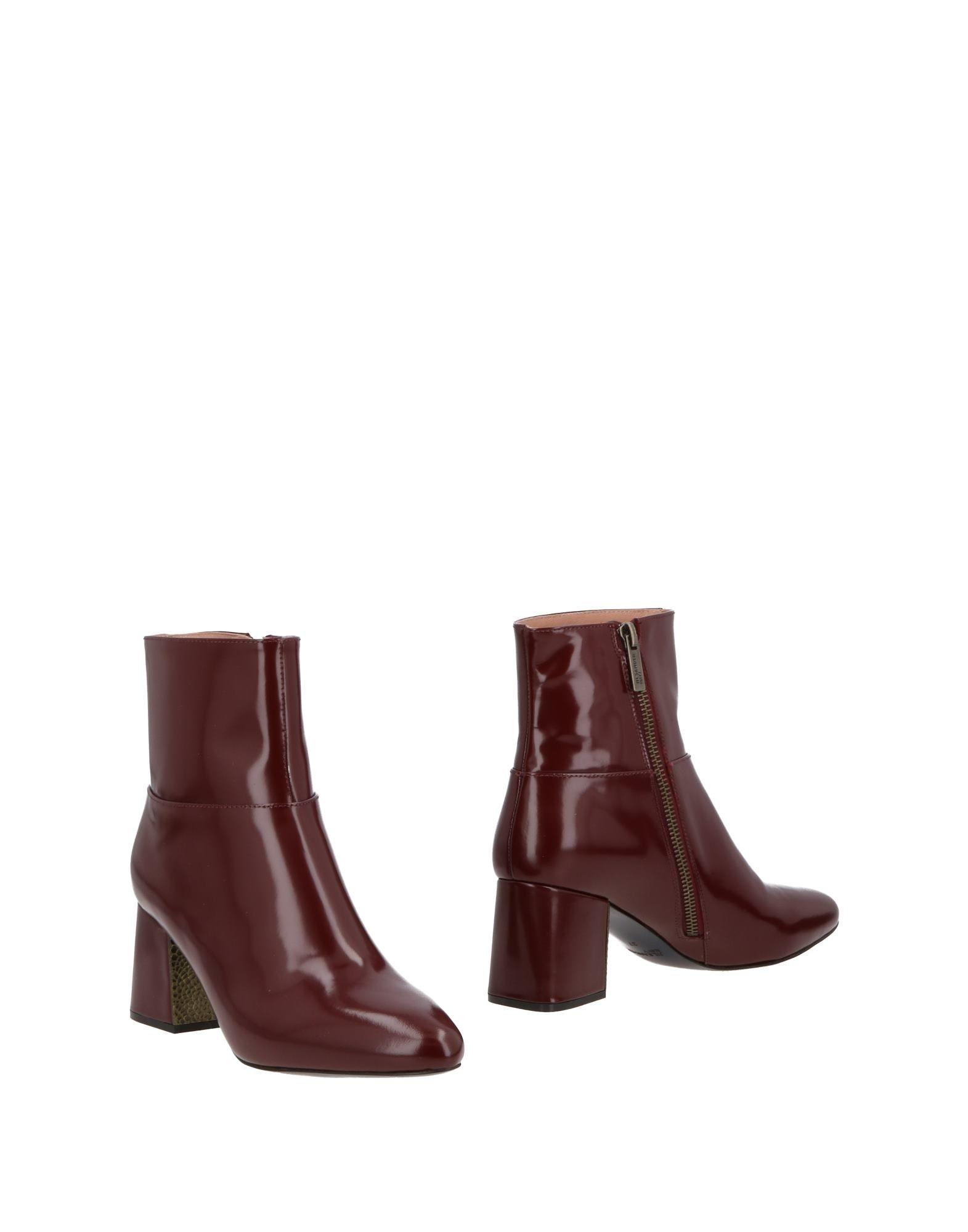 Jil Sander Ankle Boot In Maroon