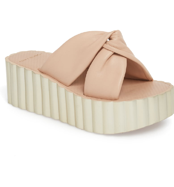 1818d2c62883 Tory Burch Knotted Scallop Wedge Slide Sandals In Goan Sand