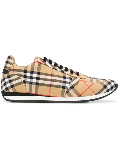 14141785d Burberry Men's Travis Signature Check Trainer Sneakers In Neutrals ...