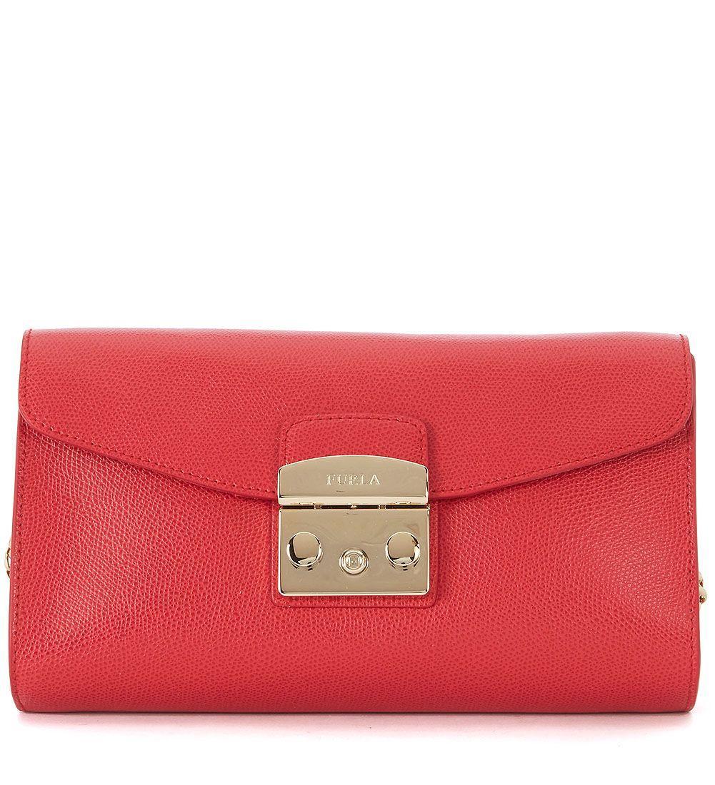 98321f972295 Furla Metropolis Red Leather Shoulder Pochette. In Rosso