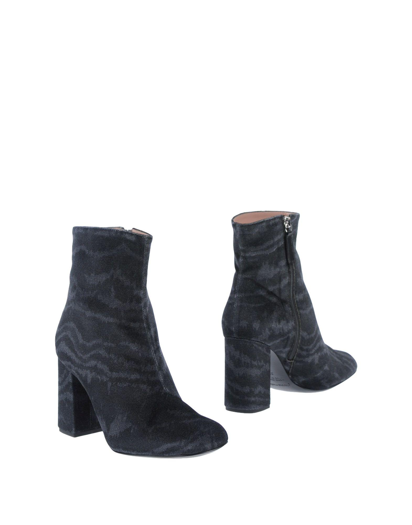 Gianna Meliani Ankle Boot In Steel Grey