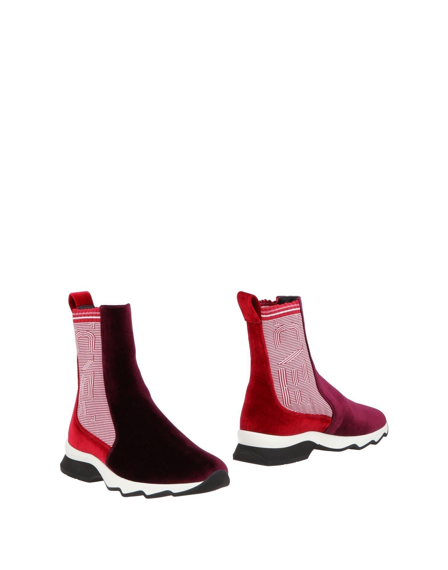 Fendi Ankle Boot In Purple