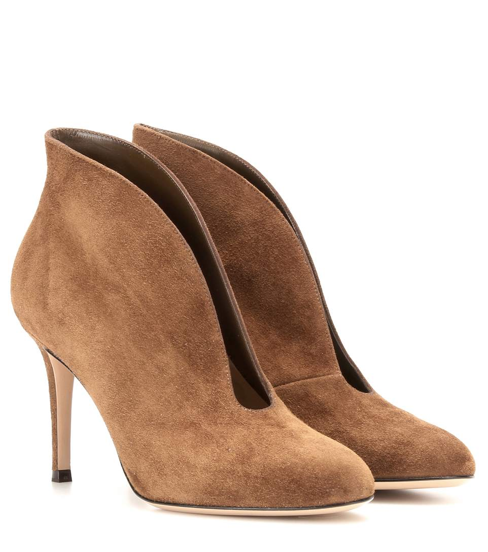 Gianvito Rossi Vamp 85 Suede Ankle Boots In Texas